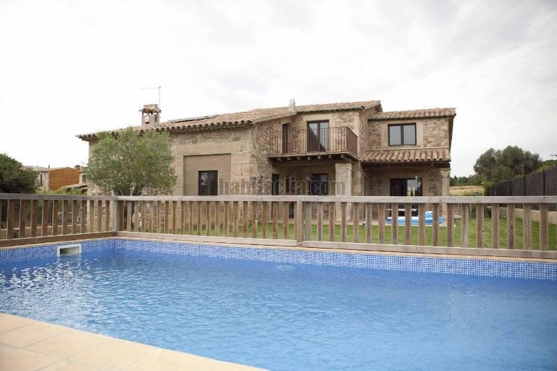 Casa por en carrer de baix llampaies de nueva construccion al estilo masia catalan en - Casa en catalan ...