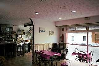 Bar en Carrer patronat,. Bar + alamac�n en venta. reci�n reformado