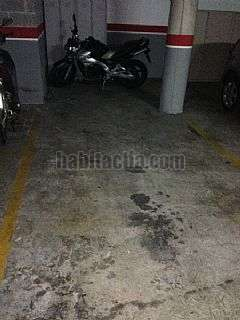 Parking coche en Rosell�,1. Plaza de parking 16m2 para coche y moto