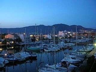 Alquiler Apartamento en Avinguda port canigo (del),1. Apartamento en roses