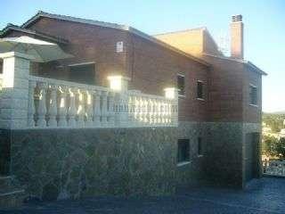 Casa en Carrer via lactea,. Casa a cuatro vientos