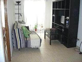 Alquiler Apartamento en Carrer sant josep,10. En frente de playa -  al lado de la estacion renfe