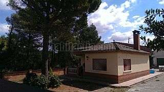 Casa en Carrer vuit de maig,590. Preciosa casa con terreno