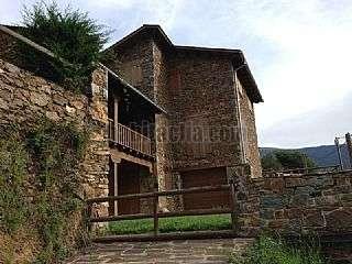 Casa en Carrer jacint verdaguer, nevà,1. Casa rústica de montaña en pirineos a estrenar