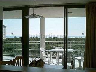 Alquiler Apartamento en Avinguda vila de madrid,38. Apartamento muy soleado con vistas al mar