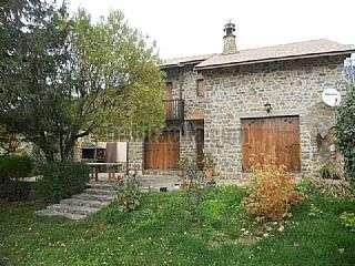 Casa  Camino de la ermita,14. Precioso chalet de piedra natural con gran jard�n