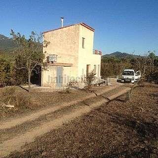 Finca r�stica en Carrer vilaplana,s/n. Finca 4 hectareas casa y dos pozos
