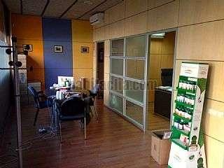 Local Comercial en Andrade,156. Oficinas amuebladas