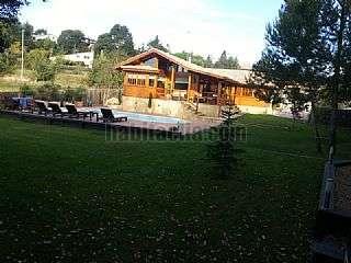 Lloguer Casa a Carrer puigmal,6. Hermosa casa de madera noble y piedra con piscina,