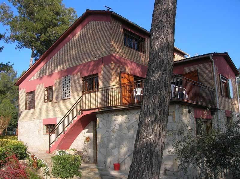 Casa por de 247 metros en carrer cornell 2 casa - Casa en cornella ...