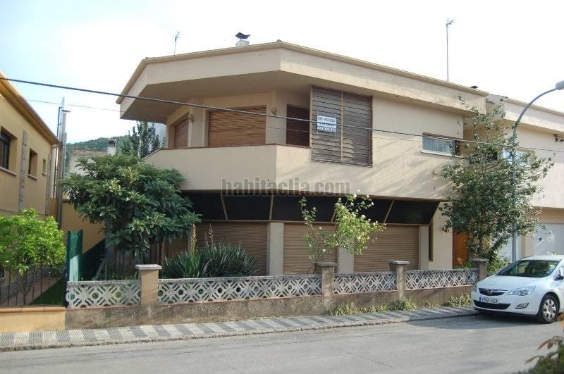 Casa pareada por de 230 metros carrer prudenci - Reformar casa presupuesto ...