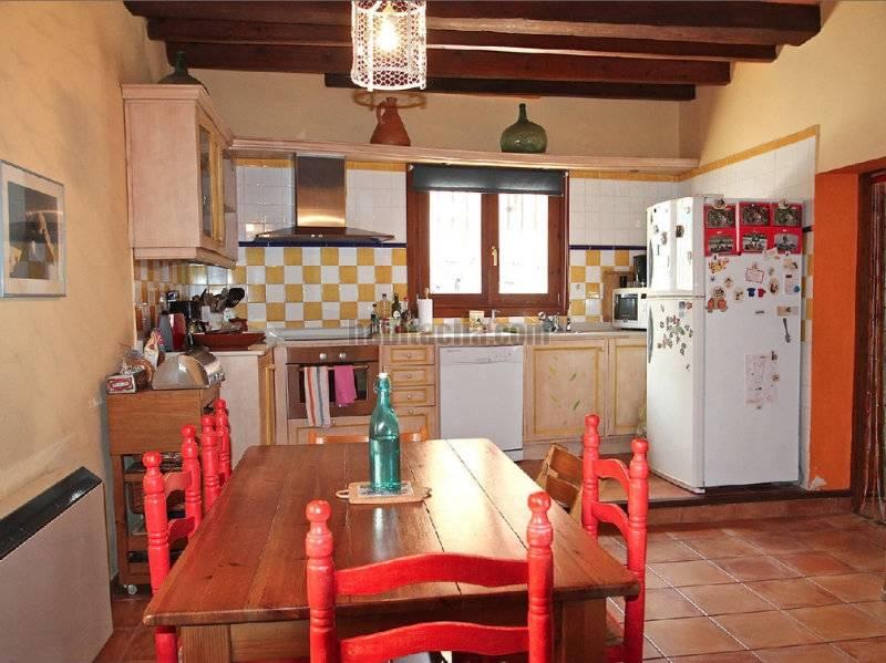 Casa por de 190 metros vizcaya 16 bonita casa de - Cocinas de pueblo ...