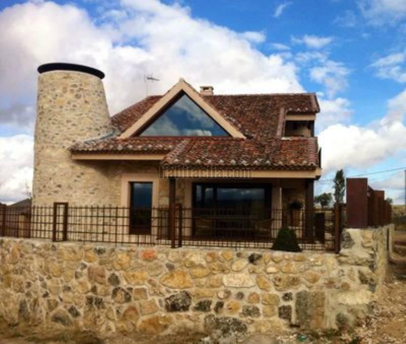 Alquiler casa por en la matilla barrio alto 8 km piscina dentro de la lujo en pedraza - Alquiler casas de lujo ...