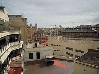 Alquiler Piso en Plaça urquinaona, 15. Precioso semiatico directo propietario