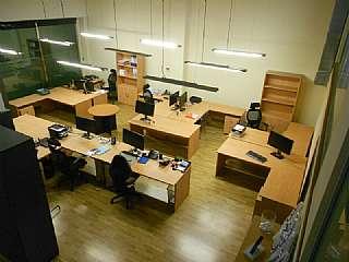 Lloguer Oficina a Carrer vic,30. Local reformado optimo para oficinas