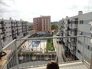 Alquiler Piso  Calle juan bautista folia prades, 1. Piso tres habitaciones en zona universidad