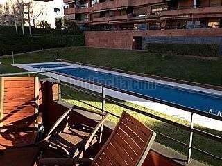 Piso en Maria aurelia capmany, 14. Estupendo piso en venta, con piscina, parquing