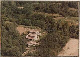 Finca r�stica en Carretera de santa coloma,. Tres cases + 28 ha de terreny.