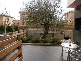 Casa pareada en Carrer carrasco i formiguera, 32. Casa apareada en zona tranquila de tremp