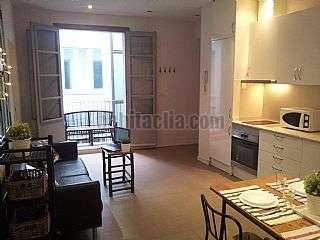 Alquiler Apartamento en Escudellers blancs, 1. El piso ideal en el coraz�n del barrio g�tico