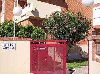 Alquiler Piso en Ampolla (L�). Excelente piso familiar en primer�sima linea mar Carrer ronda del mar, 52