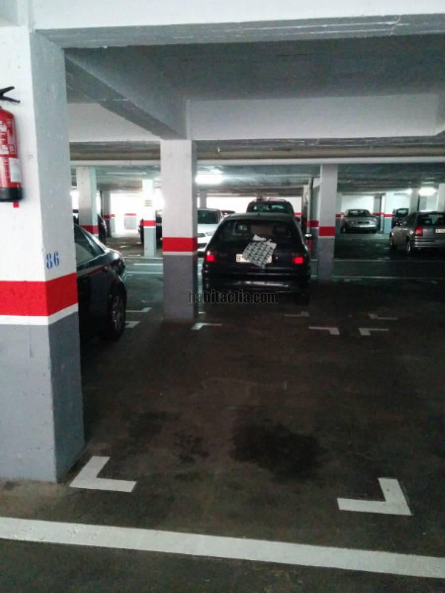 Alquiler parking coche por 80 en carrer coimbra alquiler for Alquiler de aparcamiento