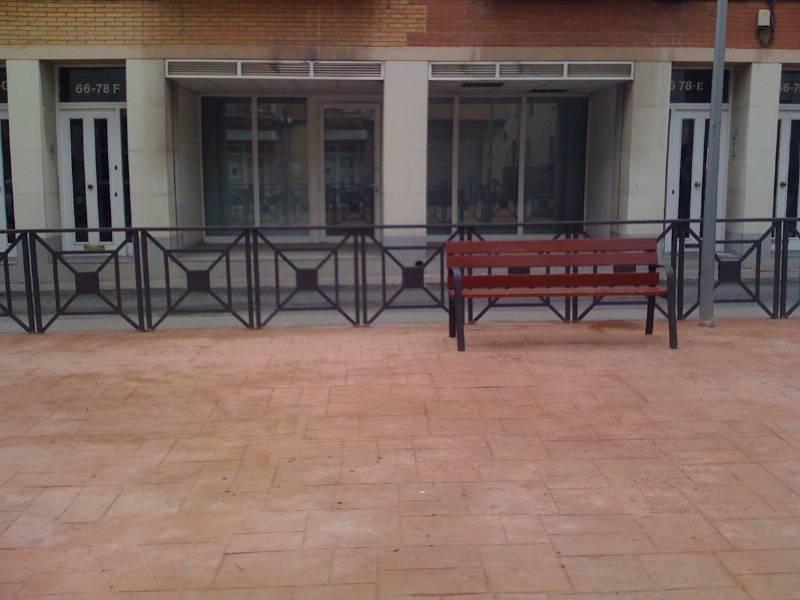 Tamano Baño Minusvalidos:Foto entrada calle om Local Comercial en Carrer Om local centrico a
