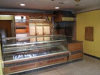 Alquiler Tienda en Carrer calderon de la barca, 22. Local muy comercial - zona biblioteca