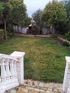 Planta baja en Avinguda francesc macia, 143. Bajos unicos con 500 m de terraza+jardin