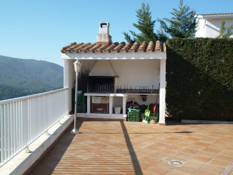 Torre por en c canig a 15 minutos de barcelona - Barbacoas para terrazas ...