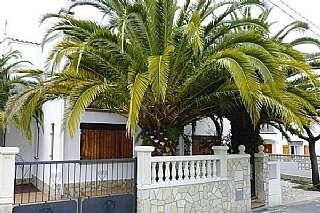 Casa adosada en Pau casals, 56. Bonita casa a 150 m.playa de torrevalentina