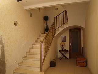 Casa en Carrer joan amoros, 4. Casa muy grande con amplias habitaciones y grandes
