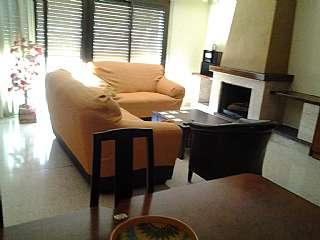 Tríplex en Arago, 40. Casa unifamiliar muy soleada en zona tranquila