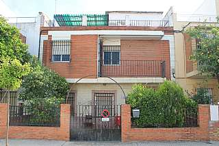 Casa  Calle islam (del), 12. Gran casa junto estaci�n ave
