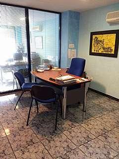 Oficina en Urbanizacion la vall, 4. Despacho en santa susana