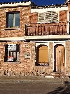 Casa adosada en Carrer sant isidre, 13. Casa a reformar directe de propietari.