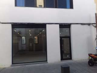 Local Comercial en Carrer nou, 38. Gran local centro roses