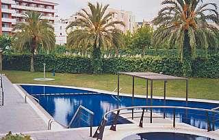 Alquiler Piso en Carrer louis braille (de), 3. Apartamento con piscina cerca de playas