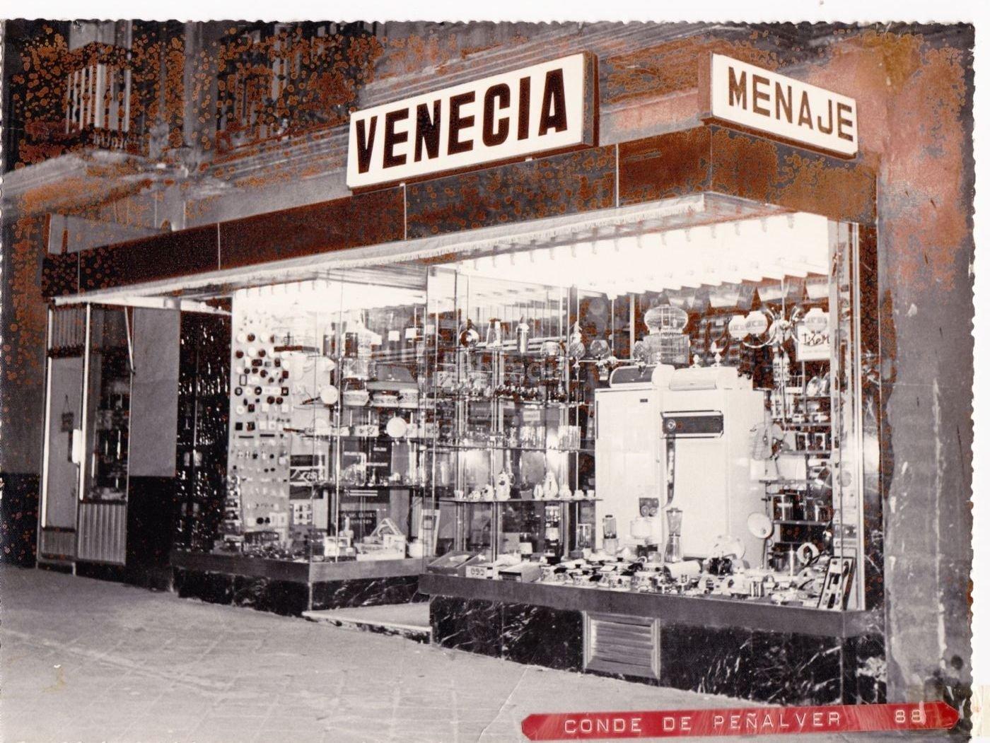 Local comercial por en calle conde de pe alver for Ferreteria barrio salamanca