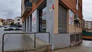 Alquiler Local Comercial en Carrer industria (de la), 25. Venta local comercial-olesa de montserrat