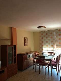 Alquiler Piso en Via augusta, 35. Bonito piso,equipado y listo para entrar a vivir.