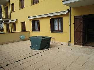 Planta baja en Calle ribagorza, s/n. Apartamento con gran terraza en campo (huesca)