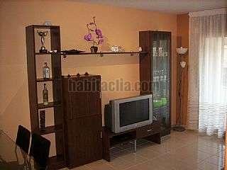 Alquiler Apartamento en Avinguda paris,8. Centrico, amueblado, acceso directo a la playa
