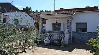 Casa en Passatge pi, s/n. Magnifica casa/chalet en urb. el calvet!!!