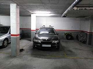Parking coche en Cami del mig, 21. Parquing para coche y moto.