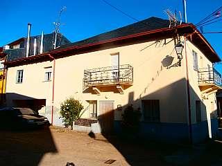 Casa en Calle cristo (el), 1. Vendo en turienzo casta�ero