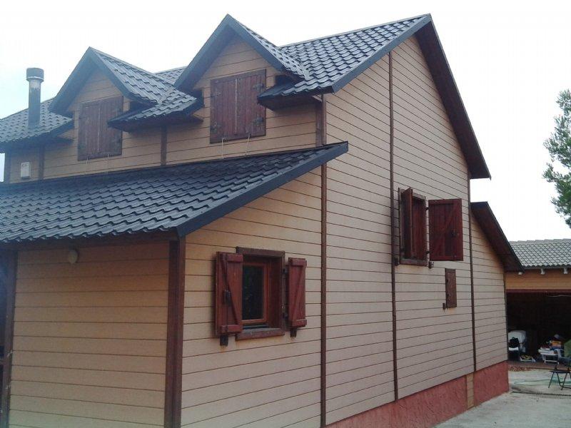 Casa por en urb cumbres de valencia chalet de - Casas de madera valencia precios ...