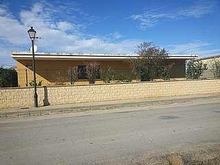 Casa en Avenida de huesca, s/n. Vivienda de segunda residencia