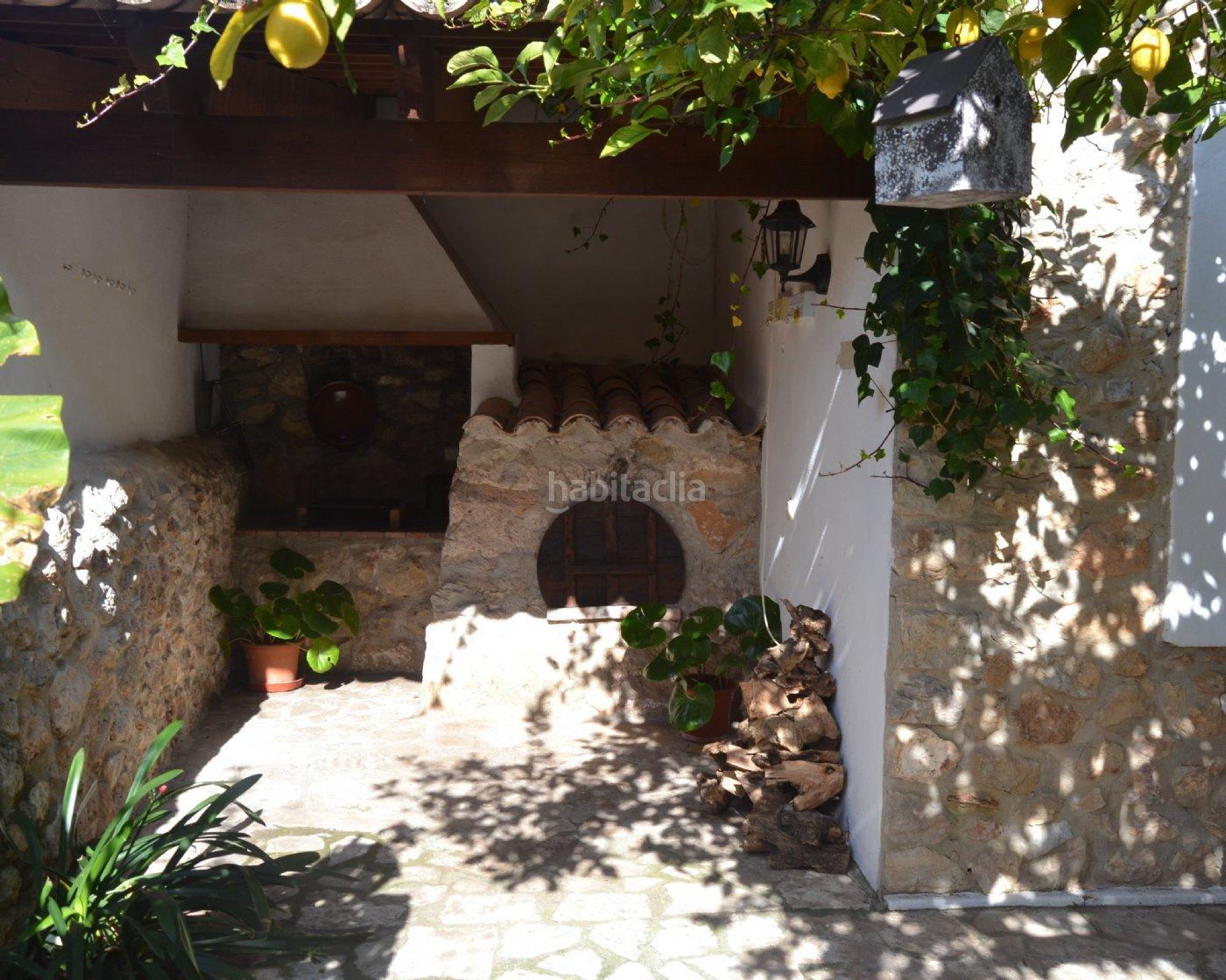 Casa por en carrer son duran vendo dos plantas for Vendo caseta de jardin