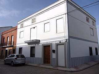 Casa en Calle camino de zalamea, sn. Estupenda casa que da a dos calles